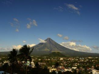volcano-659640_1280